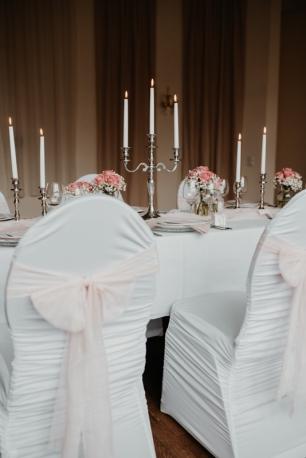 klassische-dekoration-hochzeit-rosa-11