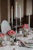 klassische-dekoration-hochzeit-rosa-15