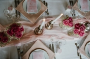 klassische-dekoration-hochzeit-rosa-2