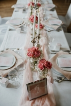 klassische-dekoration-hochzeit-rosa-4