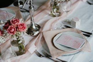 klassische-dekoration-hochzeit-rosa-7