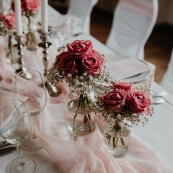 klassische-dekoration-hochzeit-rosa