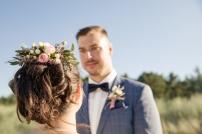 Blumen-Heiraten-auf-Usedom-brautsrauß-rosen-und-dornen-florist-zinnowitz-blumenladen-haarkamm-frische -blumen-in-der-frisur-blumenkamm